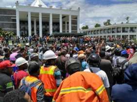 Freeport Akan PHK Ribuan Karyawannya, Menteri Hanif Terbang ke Papua