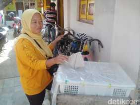 Widiyanti Si Penemu Uang Dalam Kantong Plastik