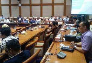 Anggota DPR RI Tegur Dirut PLN Karena Listrik Padam di Bulan Ramadhan