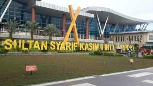 H-3 Jelang Tahun Baru 2017, Bandara SSK II Capai 10 Ribu Lebih Penumpang