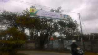 Panwas Pekanbaru Temukan APK Ilegal Paslon No 4 di Jalan Melati