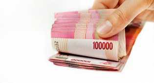 Rupiah terus menguat, nyaris sentuh Rp 13.000 per USD