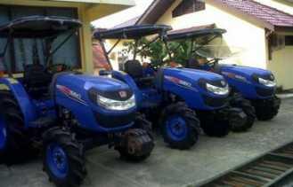 Bantuan Alat Pertanian ke Inhu Terus Mengalir dari Pusat