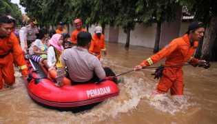 Banjir di Jakarta Diperkirakan Surut 3-4 Jam Lagi