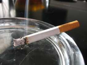 Tidak 100 Persen Perokok Terkena Kanker Paru, Ini Penjelasannya