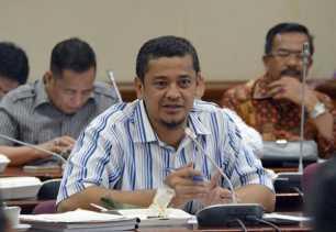 DPRD Minta Pembangunan Mapolda dan Kantor Kejati Riau Segera Dimulai