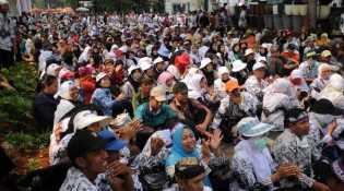 PJ Bupati Kampar Pastikan Tak Ada Pengurangan THL