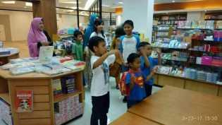 SAPA Riau, Lelang Karya Keroyokan Untuk Anak-Anak Penderita Kanker