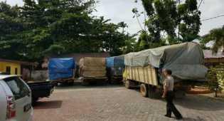 Polisi Tangkap 34 Ton Kayu, 4 Supir Lari