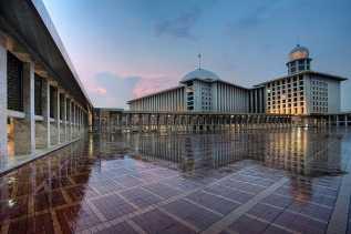 Raja Salman Tidak Akan Kelilingi Masjid Istiqlal