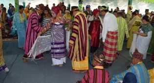 Tarian Langka Tampil di Pesta Adat Buton