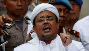 Kepulangan Rizieq Akan Disambut Pendukung dengan Kibarkan Bendera Setengah Tiang