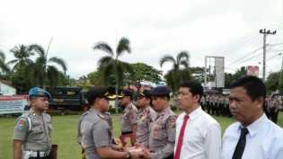 Pilkada Kampar Kondusif, 5 Polisi Dapat Penghargaan