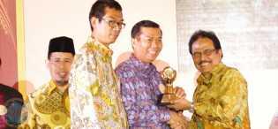 DR H Firdaus ST MT, Walikota Paling Inspiratif di Indonesia