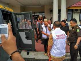 Kejari Pelalawan Tahan Enam Tersangka Kasus Korupsi Multimedia Disdik