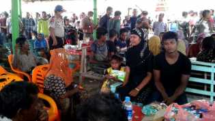 Pemprov Aceh Evakuasi Pengungsi Rohingya yang Terdampar di Bireuen
