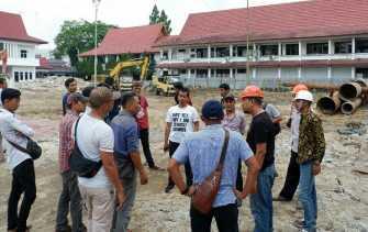 Proses Pembangunan Gedung Kejati Riau Ganggu Lingkungan Sekitar