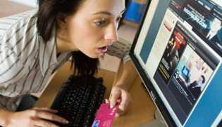 Baru Menganggur, Perempuan Ini Menang Lotere Rp43 Miliar