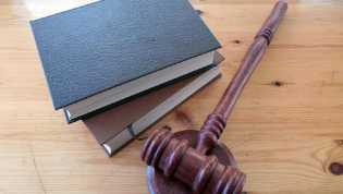 Hakim AS Batalkan Deportasi 50 WNI
