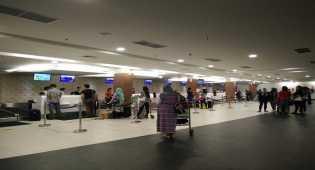 Bandara Husein Sastranegara telah kembali normal