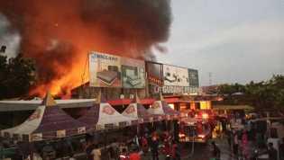 Kebakaran di Arengka Atas, Gudang Perabot Dilalap Api