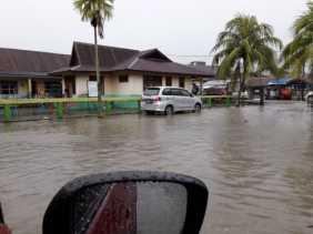 Sejak Tadi Malam Diguyur Hujan, Bengkalis Direndam Banjir