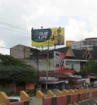 1x24 Jam, Bawaslu Riau Perintahkan Baliho 4 Jari Airlangga Hartarto Diturunkan