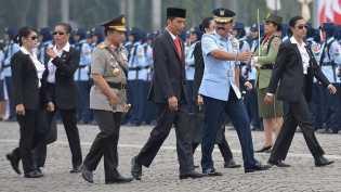 Devi Paspampres Wanita: Garang Kawal Jokowi, Lembut saat Asuh Anak