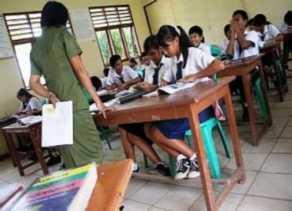 Sejumlah Guru Bantu Provinsi di Kampar Terancam Tak Terima Gaji
