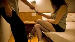 Gadis di Bawah Umur di Pekanbaru Jual Teman Sebayanya ke Pria Hidung Belang