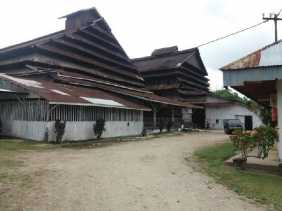 Dewan Minta Pabrik Karet Jalan Taskurun Pekanbaru Dipindahkan