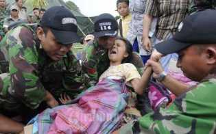 Bantu Korban Gempa Aceh, Pemprov Riau dan Pemko Pekanbaru Kirim Mie Instan dan 500 Kg Beras