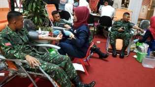 Peringati HPN 2018, Donor Darah PWI Diikuti Prajurit TNI