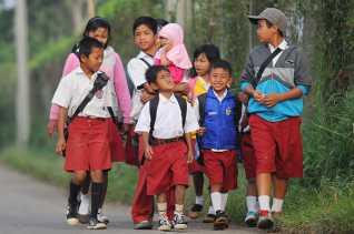 Sekolah Jangan Berlindung Dibalik Komite Untuk Pungut Uang