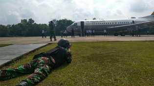 Jet Tempur F16 Lanud Roesmin Nurjadin Turunkan Paksa 1 Unit Pesawat Tak Dikenal di Pekanbaru