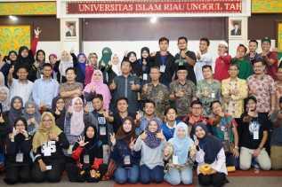 68 Mahasiswa UIA Malaysia Kunjungi UIR, Encik Yusni: Kita Sama-sama Universitas Islam