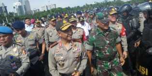 Kantor Gubernur Riau Dijaga Ketat, Kapolri Minta Pengunjuk Rasa Dilindungi agar Tertib