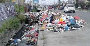 Zulfikri: Warga Sudah Tidak Peduli Kebersihan di Pekanbaru