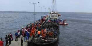 Kapal Zahro Express Terbakar, 3 Meninggal dan 17 Hilang