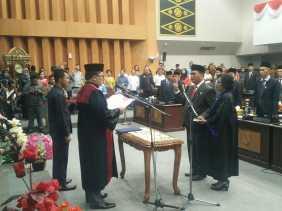 Jhon Romi Sinaga Resmi Dilantik Jadi Pimpinan DPRD Pekanbaru