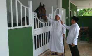 Kunjungi Pesantren Babussalam, Ismail Royan Berikan Pesan Untuk Firdaus - Rusli