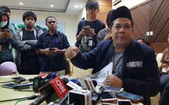 Fahri Hamzah: Saya akan 'Gulung' Nazaruddin dan Kawan-Kawan