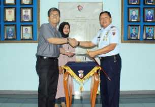 Seorang Warga Pekanbaru Hibahkan Tanah Pencadangan ke TNI AU
