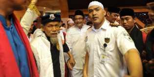 Cawagub DKI Djarot Ditolak Jemaah Masjid At-Tin TMII
