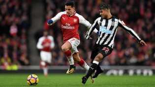 Alexis Sanchez Diklaim Sudah Berlatih di Manchester United