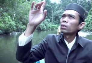 Rombongan UAS Gelar Tabligh Akbar di Suku Pedalaman Talang Mamak
