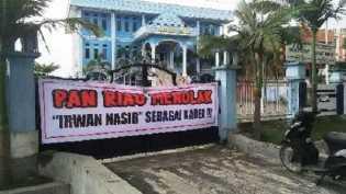 Zulkifli Hasan Datang, Kantor PAN Riau Disegel, Ini Penyebabnya