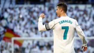 Ronaldo Ngambek Lagi, Minta Naik Gaji ke Madrid