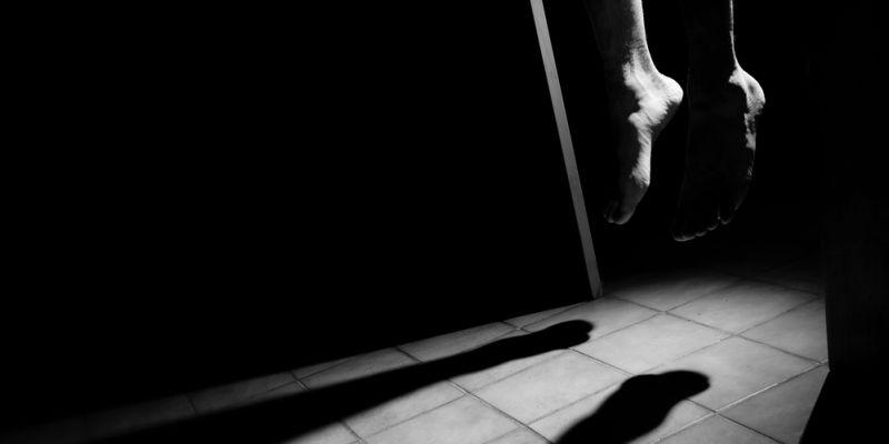 Pria 25 Tahun di Pekanbaru Ditemukan Tewas Tergantung di Kamar Mandi Kos oleh Kekasihnya