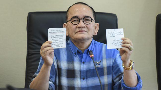 Tak Ditawari Jadi Kader, Ruhut Disebut Serukan 'Hidup PDIP!'